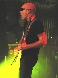 joe-satriani-chicago-concerts-entertainment-nightlife-image-1001.jpg